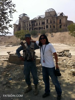 Zan with his new buddy (ANP) at the bombed-riddled Darul Aman Palace next to the National Museum of Afghanistan.