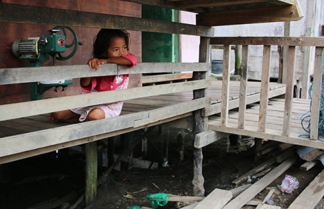 A child from Kampung Bukit Malut, Langkawi. (Photo by Zan Azlee)